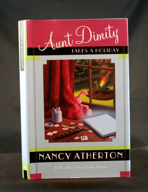 Image for Aunt Dimity Takes a Holiday